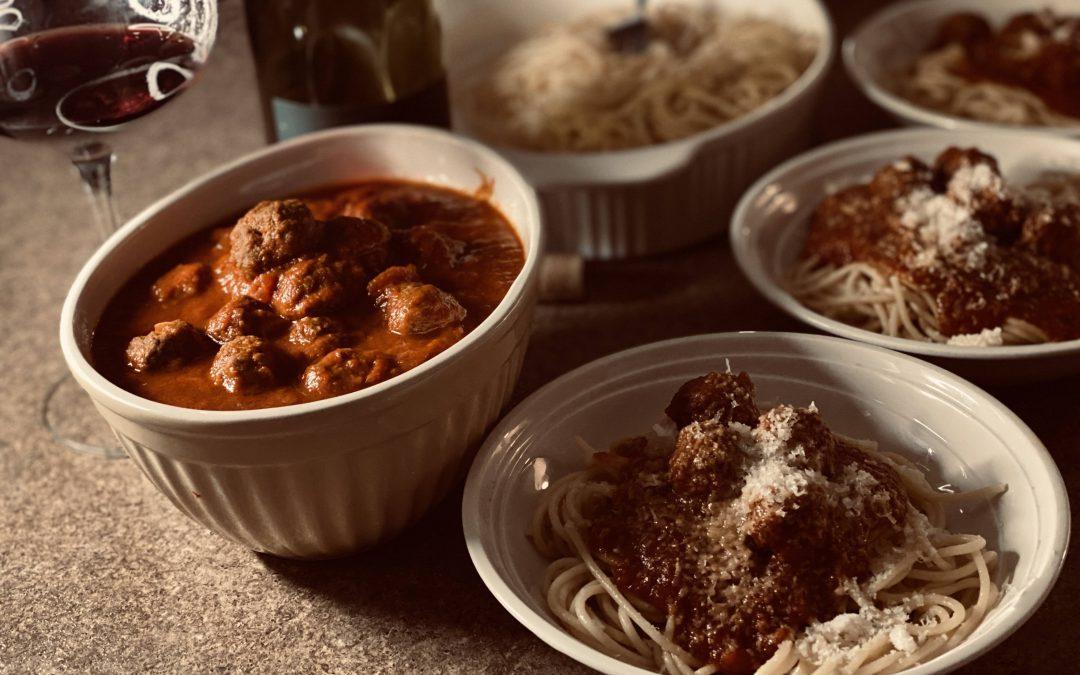 Kitchen Quarantine – Spaghetti & Meatballs